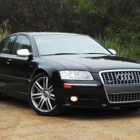 2007audis8beautyleftflat01fixedtwosmall1